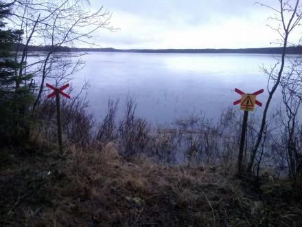 Helt ny skyltning över Brönet mellan sjöarna!